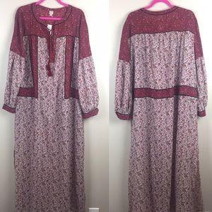 LOFT Ann Taylor Beach Maroon Maxi Dress